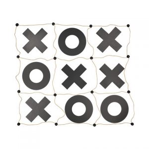 lawn game hire noughts and crosses